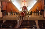 Dâng hoa giáo xứ Tiên Chu